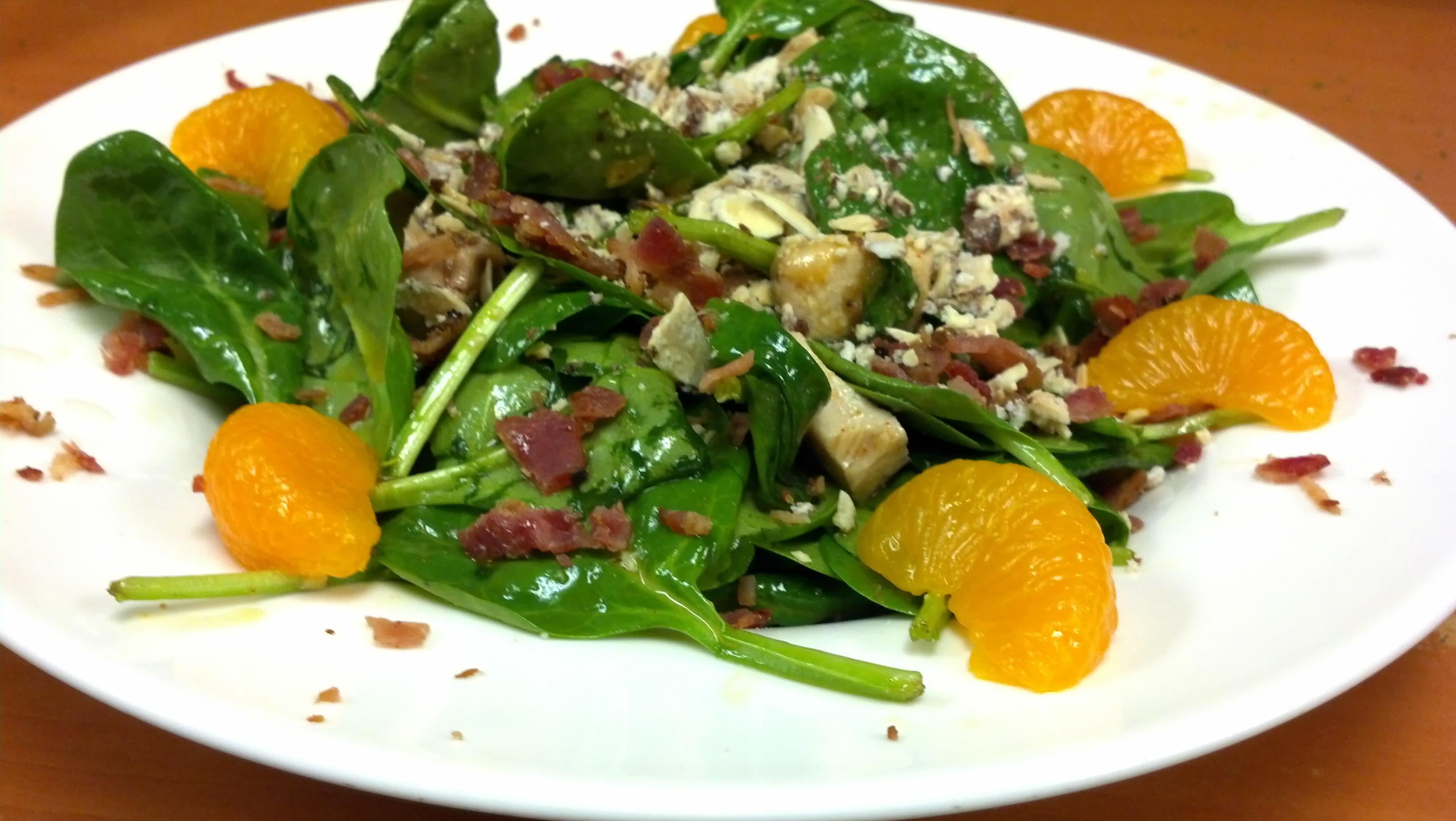 NoNos Cafe Spinach Salad